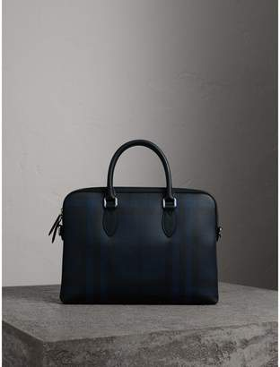 Burberry The Slim Barrow in London Check, Blue