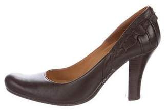 Chie Mihara Leather Round-Toe Pumps