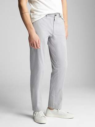 Gap Wearlight Khakis in Slim Fit with GapFlex
