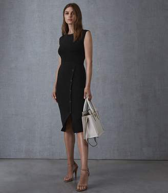 Reiss Our last order date for Christmas has now passed SASHA KNITTED BODYCON DRESS Black