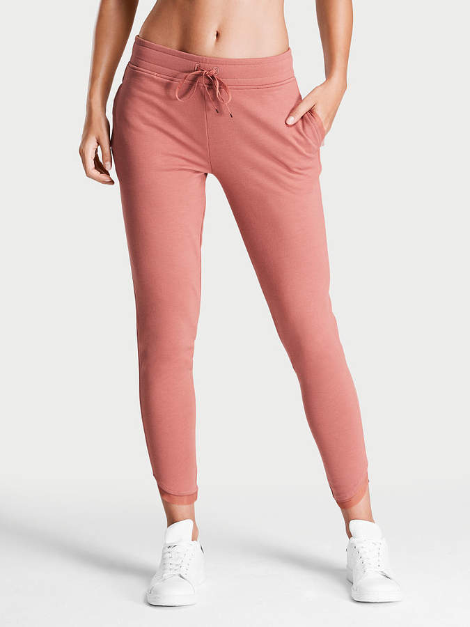 Victoria Sport Slouchy Jogger