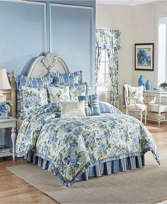 Waverly Ellery Homestyles Floral Engagement 4 Piece King Comforter Set