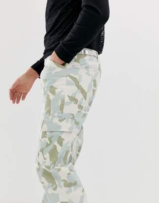 Asos Design DESIGN relaxed cargo pants in camo