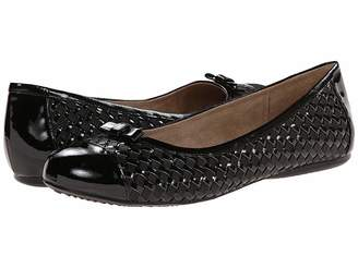 SoftWalk Naperville Women's Flat Shoes