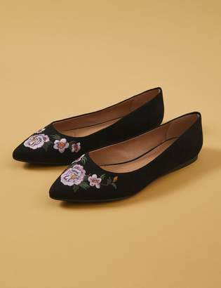 Lane Bryant Floral Embroidered Pointed-Toe Flat