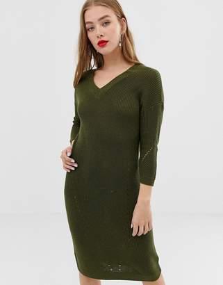 Noisy May v-neck knitted midi dress in green