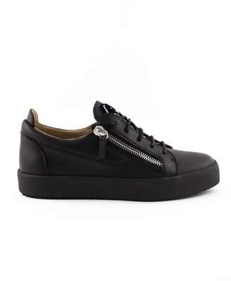 Giuseppe Zanotti Black Calfskin Leather Low-top Frankie Sneaker.