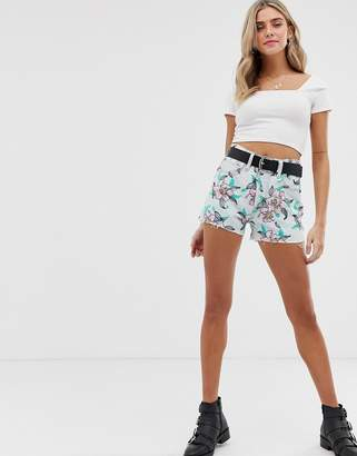 0bed63e7cf Levi's 501 high rise denim shorts in embroidered floral