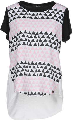 Fornarina T-shirts