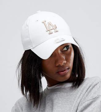 New Era Exclusive White Cap with Rose Gold LA