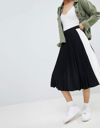 Bershka side stripe pleated midi skirt in black
