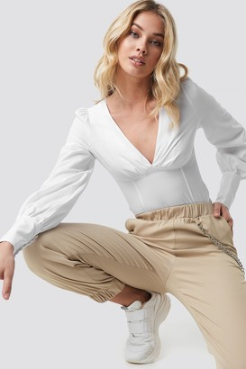 Anna Nooshin X Na Kd V-shape Balloon Sleeve Blouse White