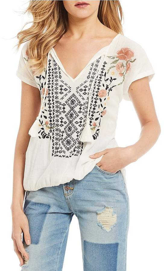 Jessica Simpson Carmenista Short Sleeve Embroidered Knit Top
