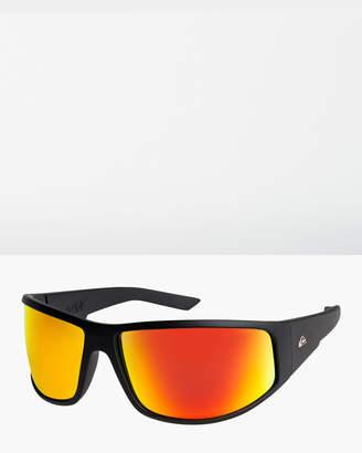 a1078ec04ab7 Quiksilver White Fashion for Men - ShopStyle Australia