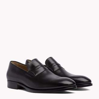 Tommy Hilfiger Classic Leather Loafers