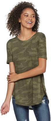 Mudd Juniors' Shirttail Short Sleeve Tee