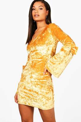 boohoo Crushed Velvet Bow Sleeve Bodycon Dress