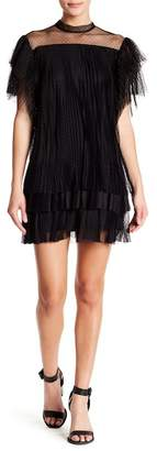 Romeo & Juliet Couture Short Sleeve Mesh Pleat Dress