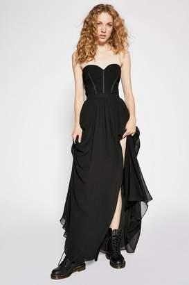Fame & Partners Taurus Maxi Dress