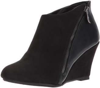 Chinese Laundry Women's Viola Ankle Bootie