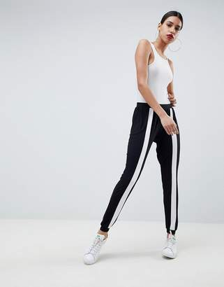 Asos Design DESIGN Easy Light Weight Joggers With Front Stripe