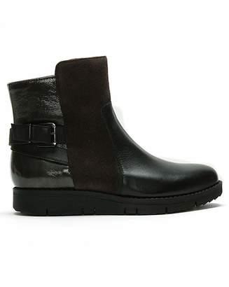 Daniel Footwear Daniel Reeva Leather Buckled Ankle Boots