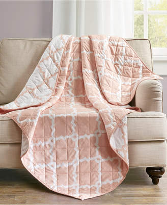 """Madison Park Essentials Merritt Oversized Reversible 60"""" x 70"""" Quilted Ogee-Print Throw"""