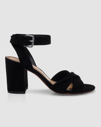 Splendid Fairy Knotted Sandal