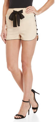 On Twelfth Snap Side Bow Track Shorts