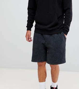 Reclaimed Vintage inspired overdye short in washed black
