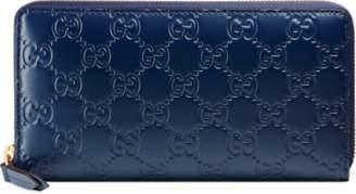 Gucci Signature zip around wallet