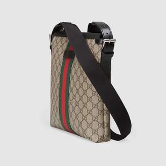 Gucci Web GG Supreme messenger