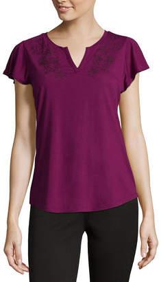 Liz Claiborne Short Sleeve Split Crew Neck Embroidered T-Shirt-Womens