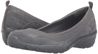 SKECHERS Active Savvy Radiant $65 thestylecure.com