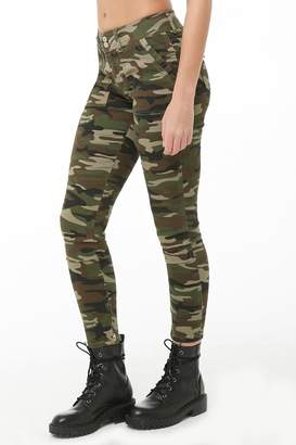 Forever 21 Camo Print Skinny Ankle-Zip Pants