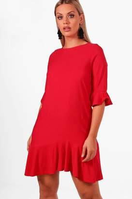boohoo Plus Crepe Ruffle Detail Shift Dress