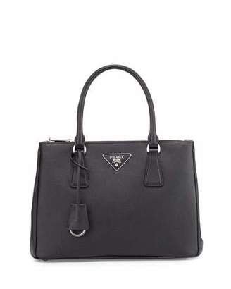 Prada Saffiano Lux Double-Zip Tote Bag, Black (Nero) $2,230 thestylecure.com
