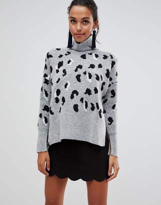 Liquorish high neck leopard sweater with zip in the back