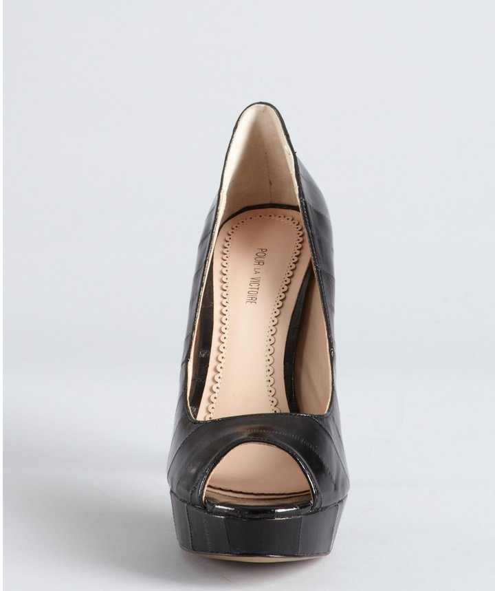 Pour La Victoire black textured leather stitched 'Angelie' platform pumps