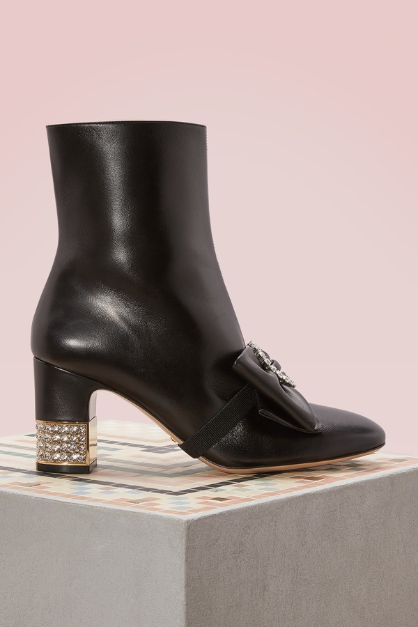 Gucci Leather ankle boots with removable leather bow