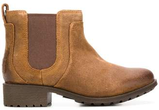 UGG chunky chelsea boots