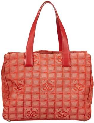 Chanel Vintage Burgundy Cloth Handbag