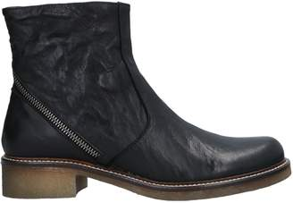 Donna Più Ankle boots - Item 11526846JF