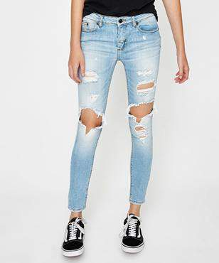 Victoria's Secret The People Bonnie Skinny Faded Blue Jean