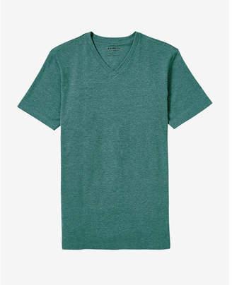 Express Textured Flex Stretch V-neck Tee $22.90 thestylecure.com