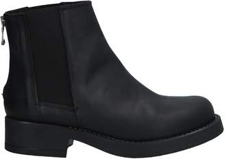 KOE Ankle boots