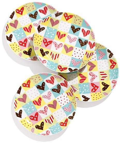 Boston Warehouse Heartfelt Plates Set