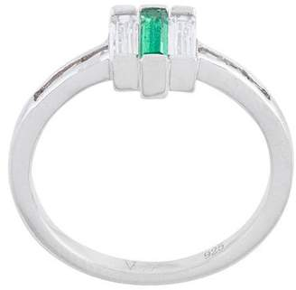 V Jewellery Chrysler emerald ring