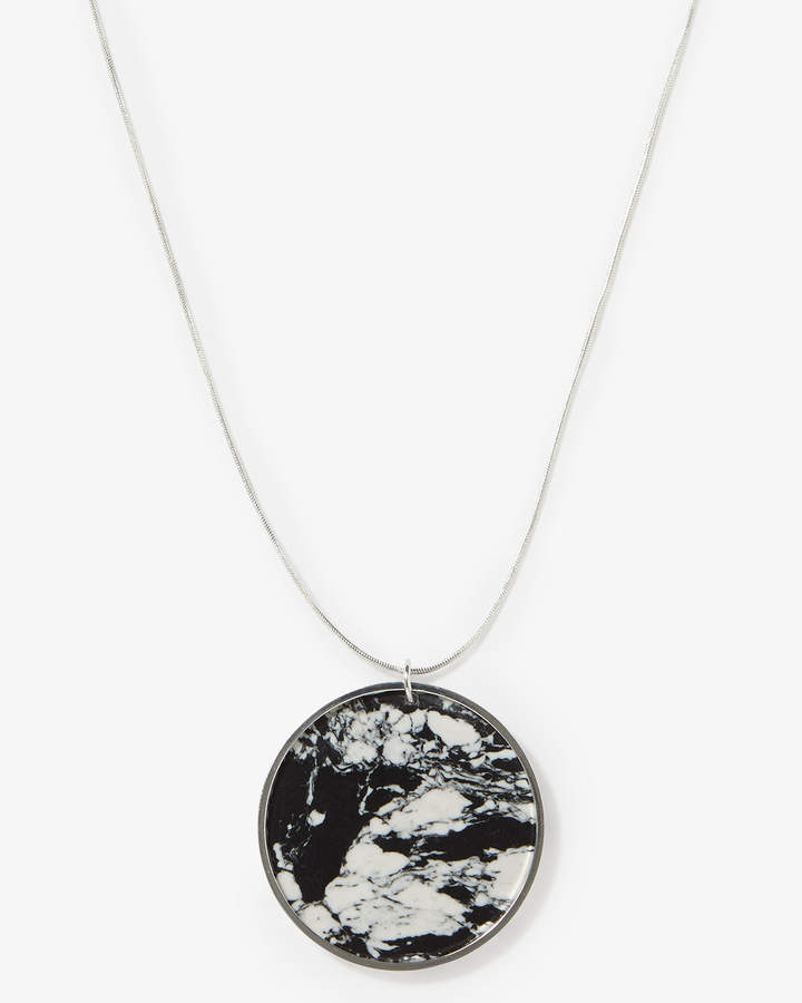 Dory Marbled Disc Long Necklace