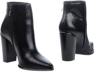 BRONX Ankle boots $139 thestylecure.com